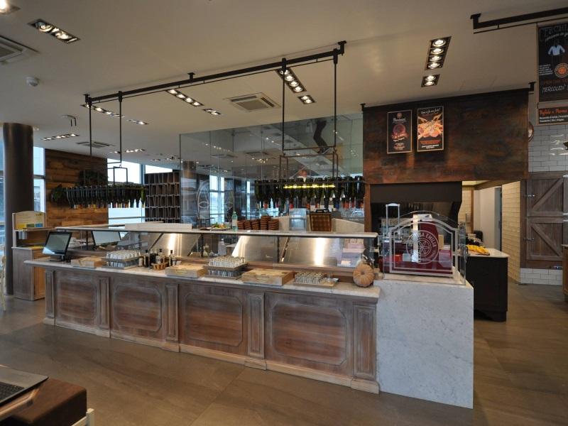 Format italqualityfood for Arredamento moderno bar